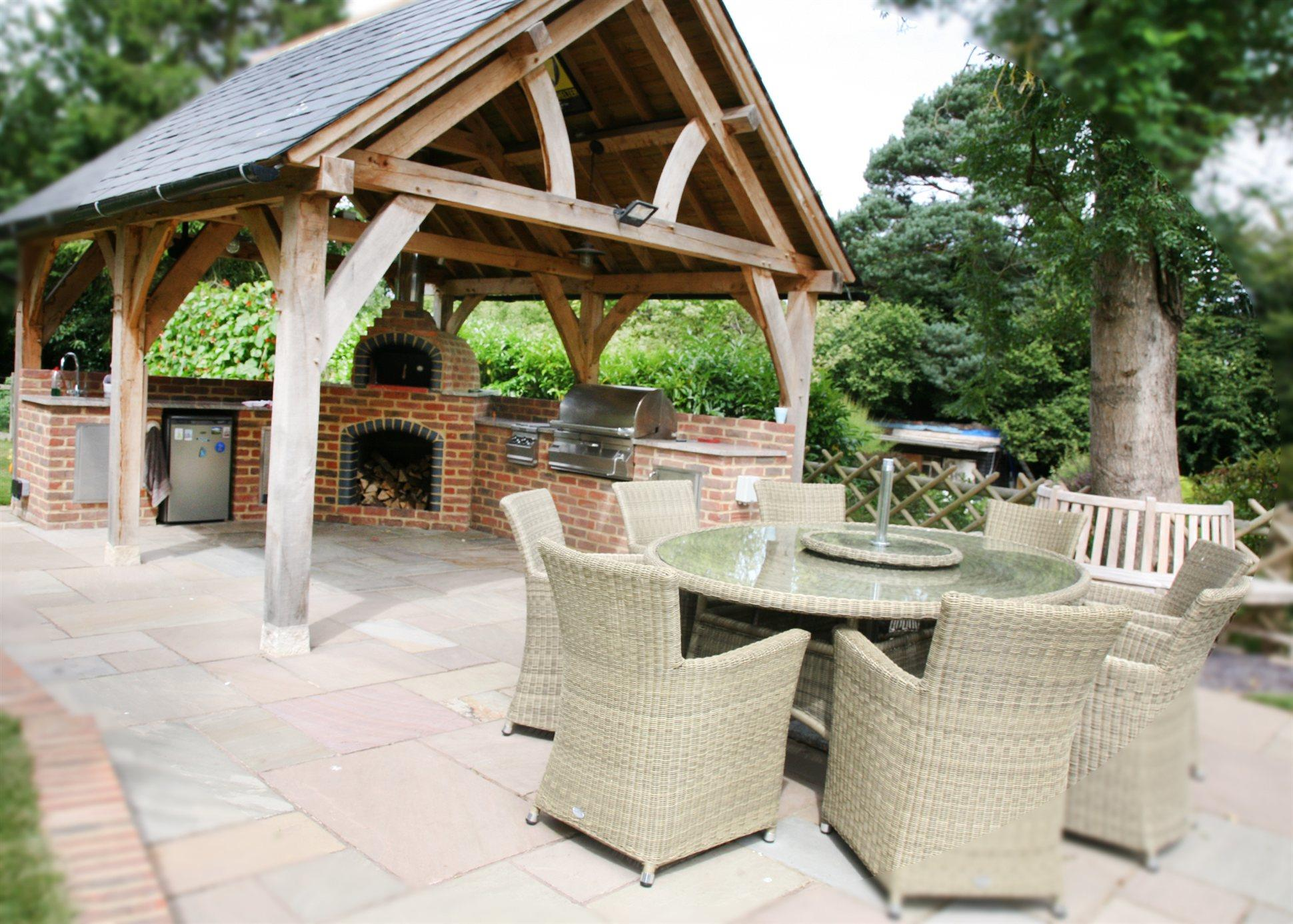 The Radcliffe Outdoor Living Gazebo